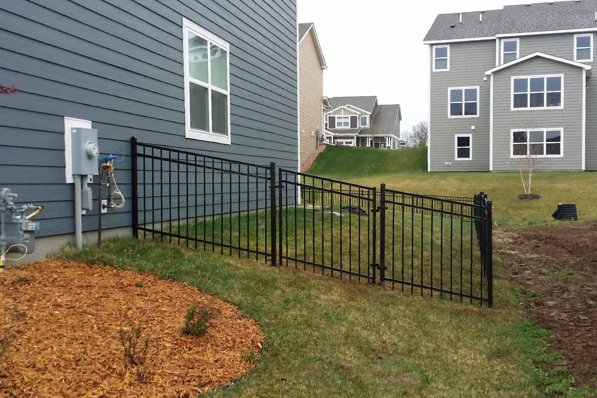 Top Fence Ideas For A Property With
