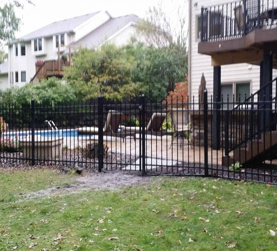60 Ornamental Steel 3 Rail Speartop Fencing
