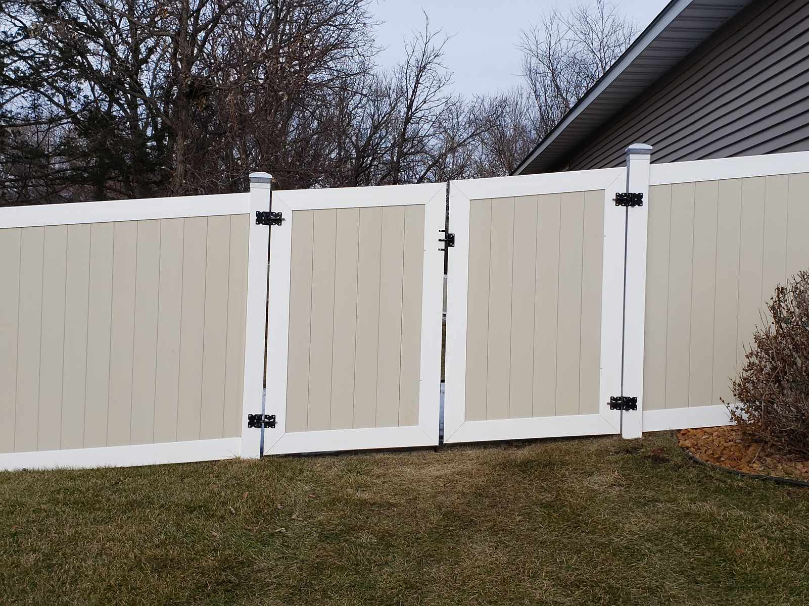 Two-Tone Vinyl Privacy Fencing MN