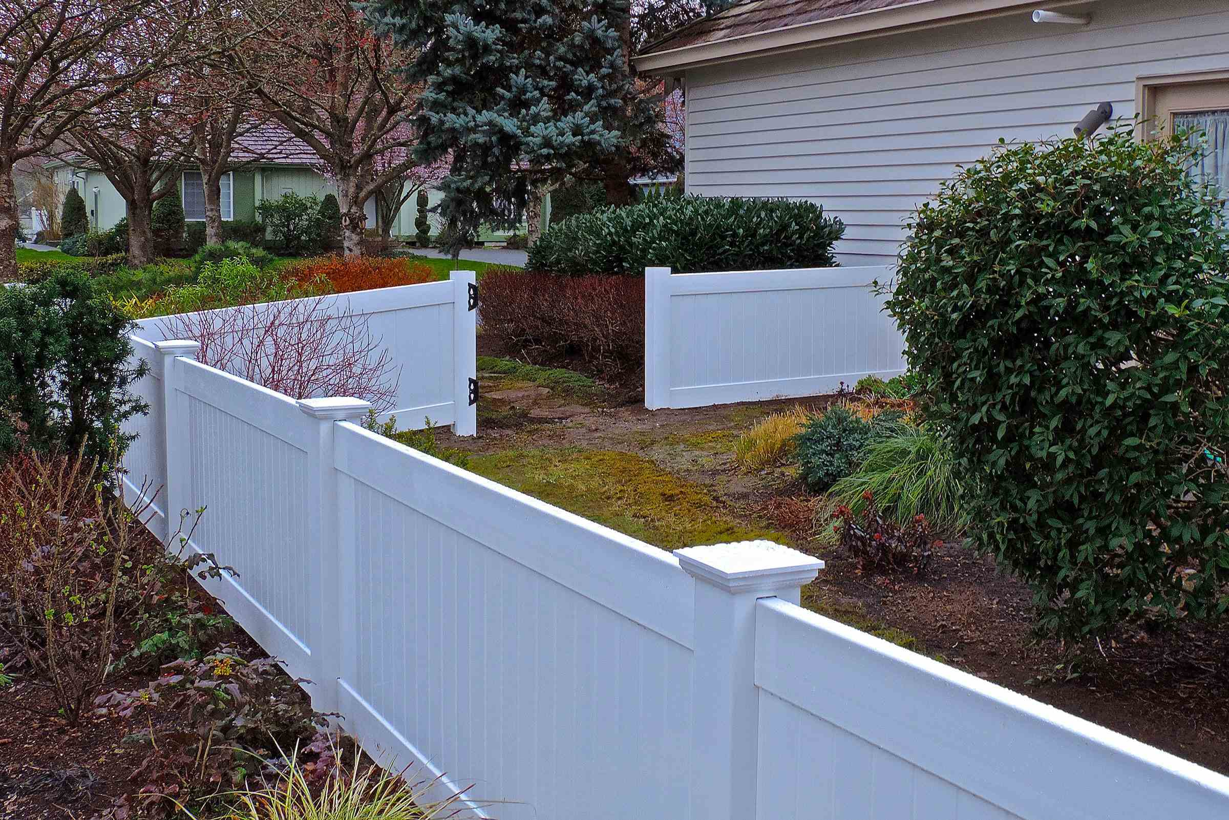 Choose The Right Fence Height